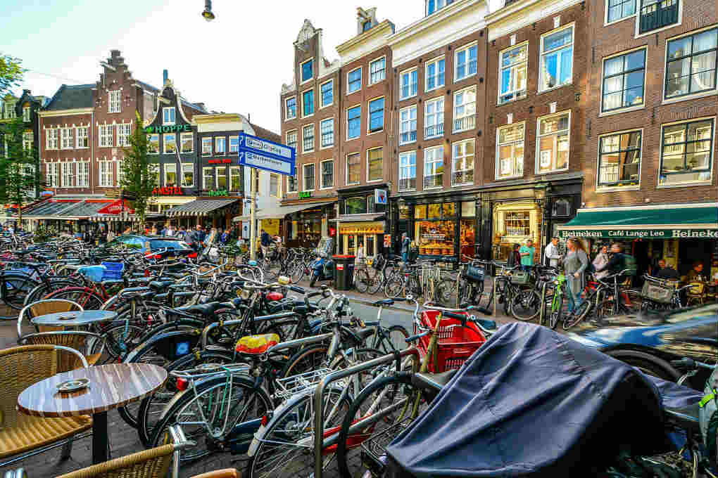 amsterdam bike rental