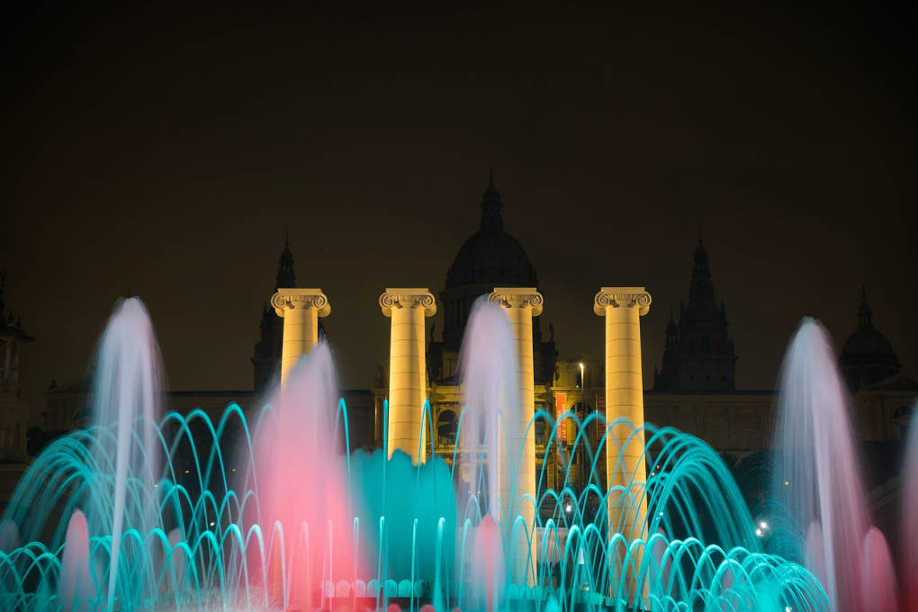 barcelona fountain magic