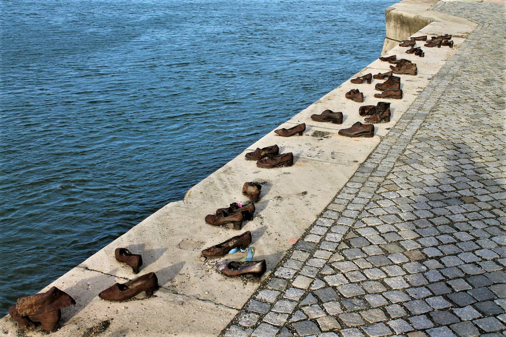 Shoes On The Danube – Budapest's Moving Memorial