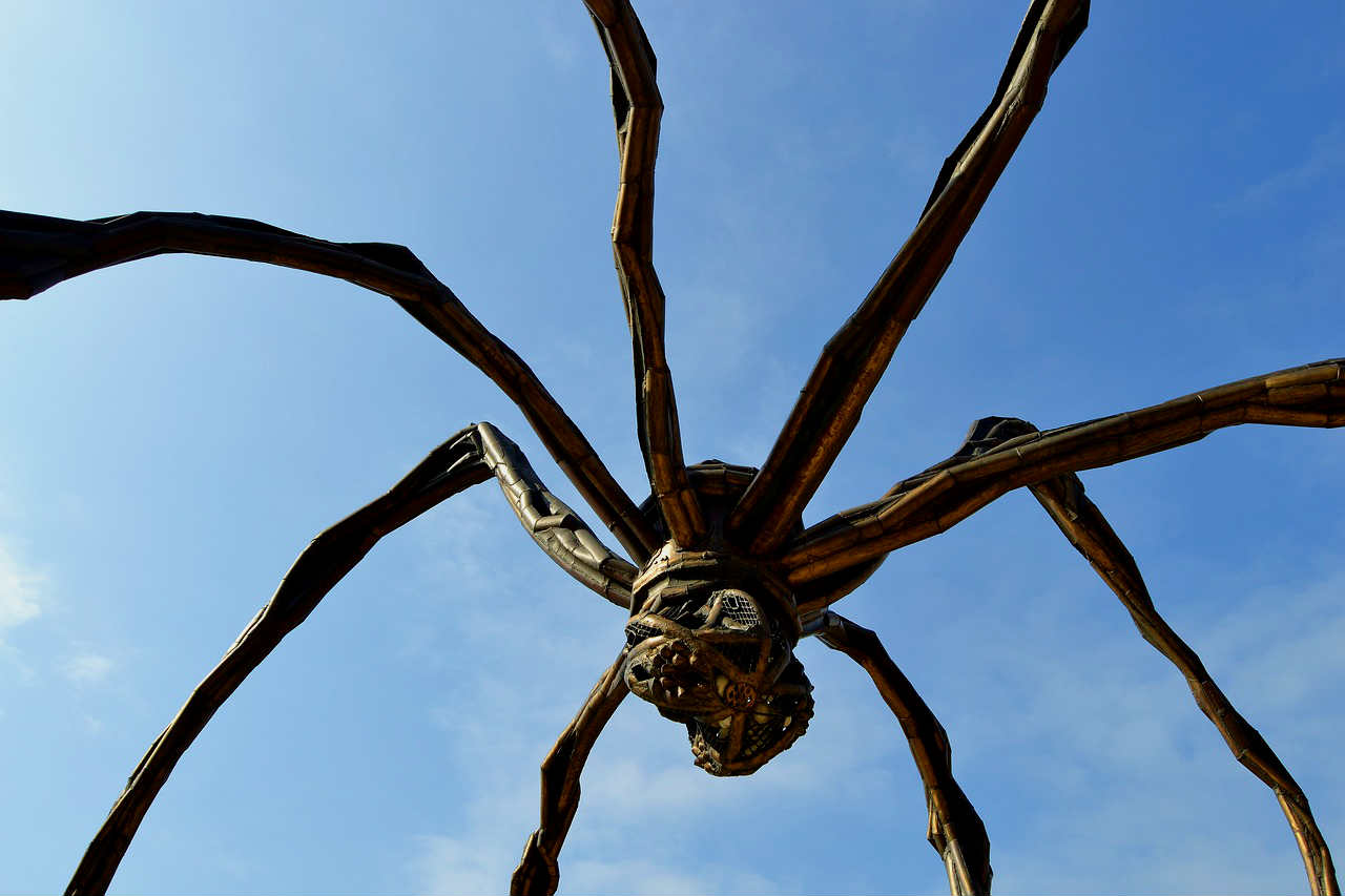 Giant spider sculpture in Bilbao