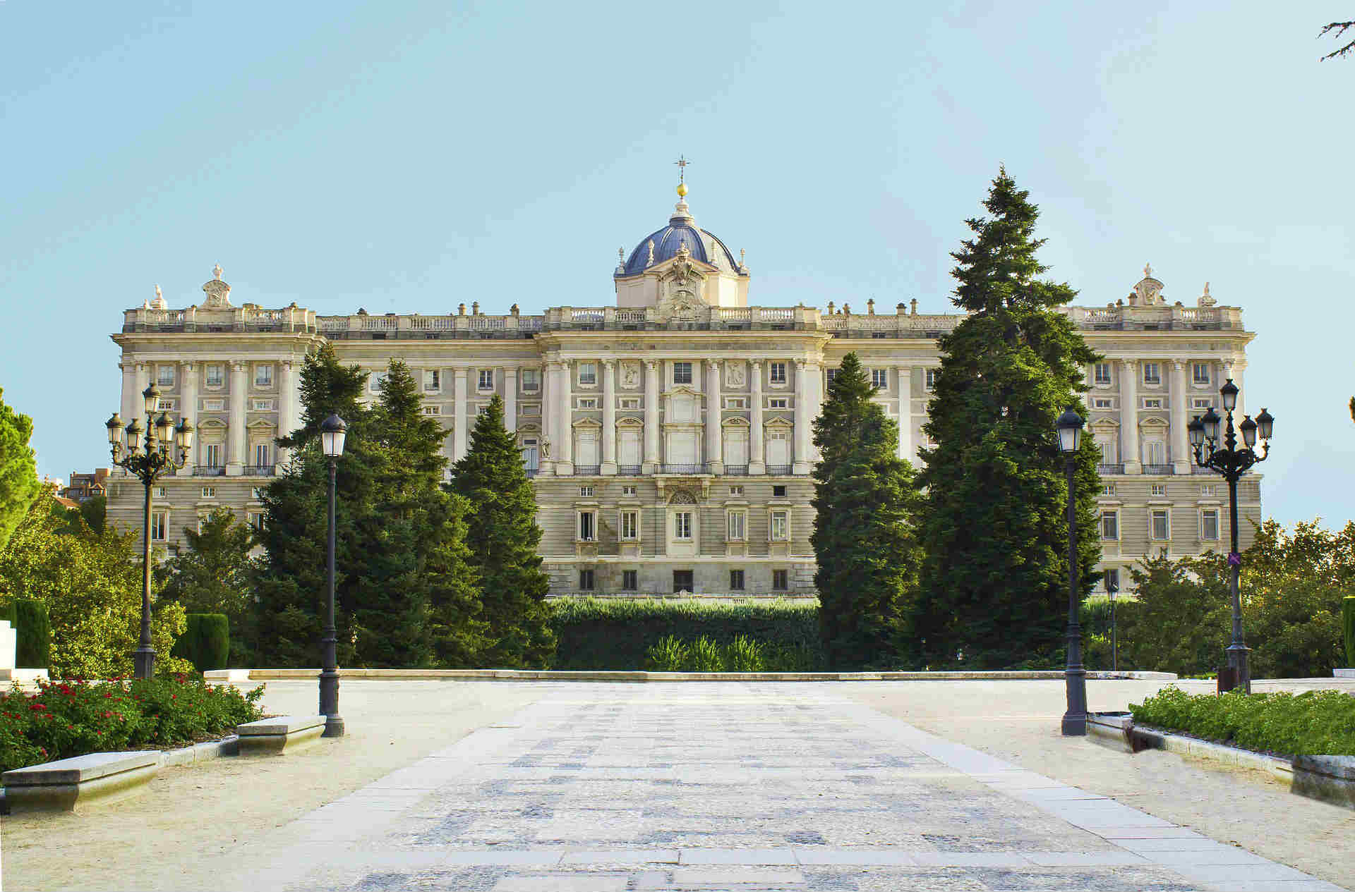 Explore The Royal Palace Of Madrid – Palacio Real