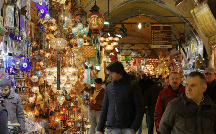 shoppers in grand bazaar in istanbul